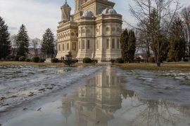 Monastery - Curtea de Arges