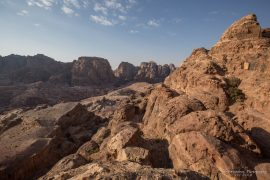 Hiking down the Wadi al Farasa