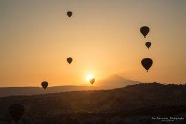 Balloons over GöremeBalloons over Göreme